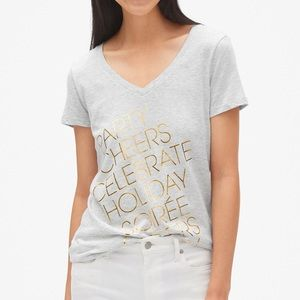 NWT Gap Metallic Graphic V-Neck T-Shirt
